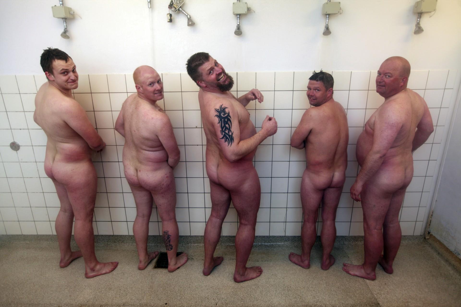 hvor kan man hæve euro gangbang porno